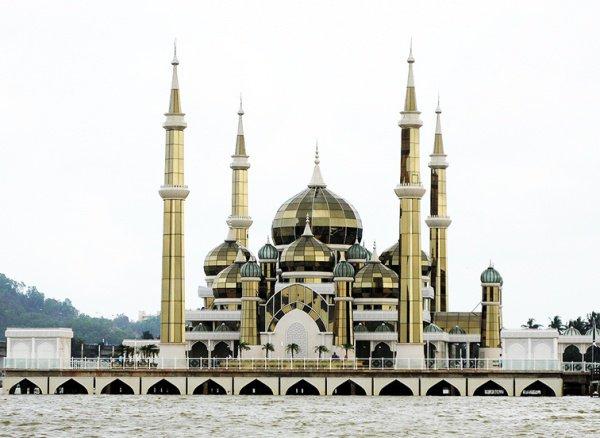 Кристальная мечеть (иногда встречается вариант Хрустальная мечеть)