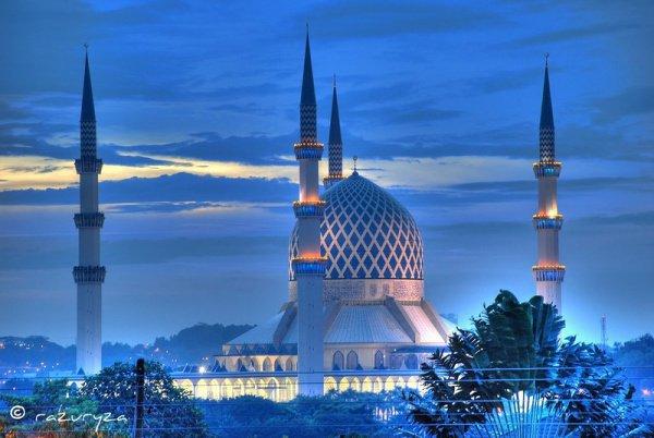 Мечеть Султана Салахуддина Абдуль Азиза