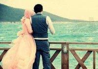 Если замужняя женщина примет ислам, должна ли она будет развестись со своим мужем?