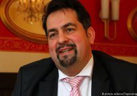 Глава мусульман Германии: те, кто напал на женщин в Кельне, - не мусульмане