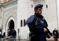 Французские власти начали запрещать исламистские организации