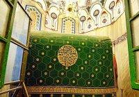"""Место захоронения пророка, построившего Каабу и названного """"друг Аллаха"""""""