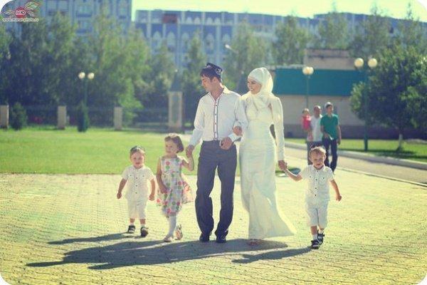 Здоровая семья - это источник спокойствия и умиротворения человека.