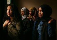 Хиджаб преподал урок толерантности немусульманской студентке