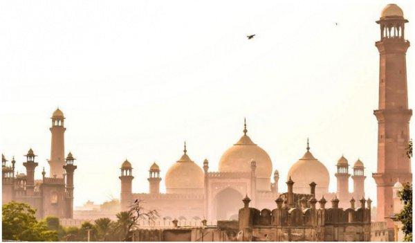 Мечеть Бадшахи, Лахор.