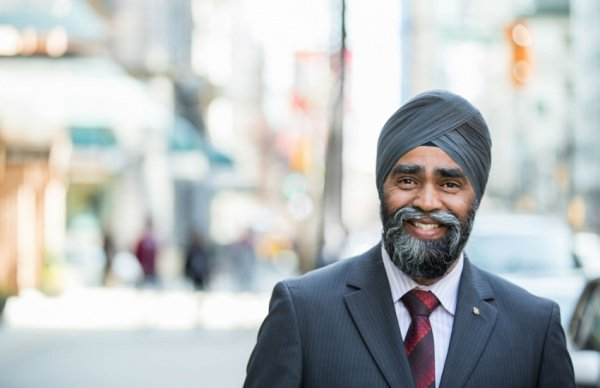 Министр обороны Канады Харджит Саджан.