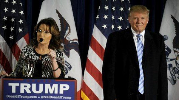 Сара Пэйлин и Дональд Трамп на предвыборном митинге.