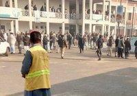 Террористы захватили университет в Пакистане, 21 человек погиб