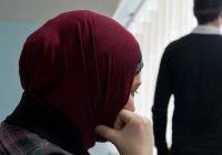 Мой муж отдалился от ислама. Что мне делать?