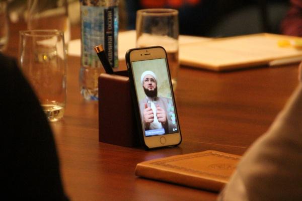 Почему лучше воздержаться от азана на рингтоне вашего телефона?