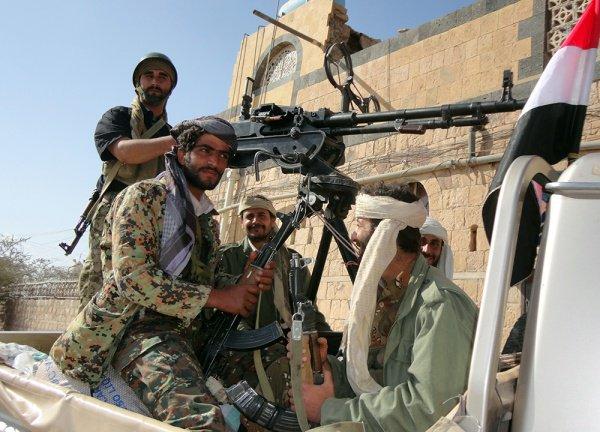 """""""Аль-Каида"""" патрулирует один из йеменских городов."""