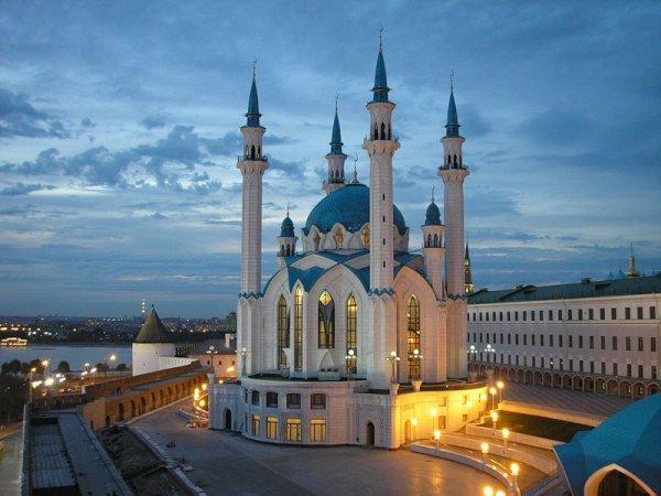 Туристы выбирают Казань для путешествий на 23 февраля.