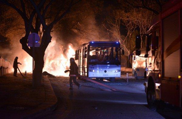Теракт в Анкаре унес жизни 28 человек.