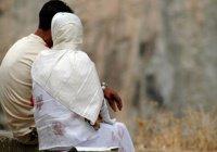 """Исламская линия доверия: """"Муж заставляет меня выбирать между ним и моей мамой"""""""