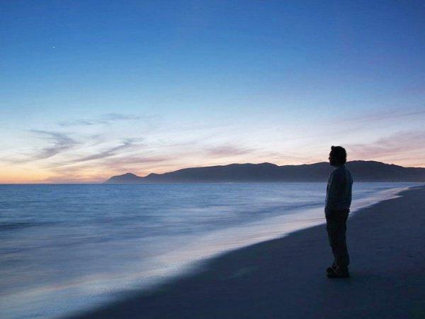 Вся жизнь верующего, его сердце, разум и душа сосредоточены на Всевышнем Аллахе
