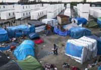 Иранские мигранты зашили рты в попытке остановить снос лагеря для беженцев