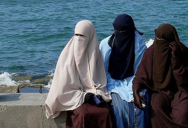 Никаб весьма распространен в Египте.