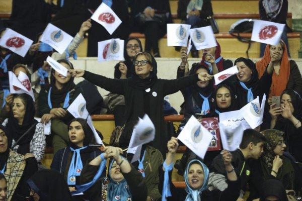 В парламент Ирана может быть избрано рекордное количество женщин.