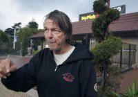 $100 тыс. получит бездомный из США