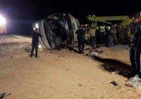 В Иордании перевернулся автобус паломниками. 19 жертв.