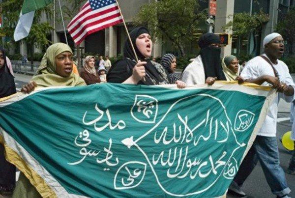 К 2050 году США могут стать мусульманским государством.