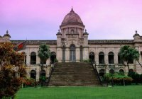 Ислам сохранен в качестве государственной религии Бангладеш