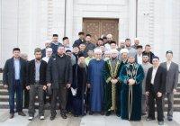 Муфтий РТ вручил дипломы имамам, прошедшим курс рецитации Корана