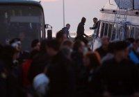 Первых беженцев депортировали из Греции