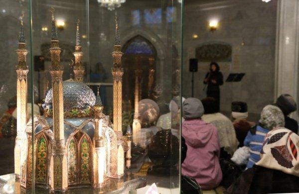 """Вечер мунаджатов в мечети """"Кул Шариф""""."""