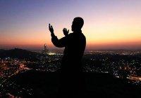 Мусульмане отмечают ночь Рагаиб
