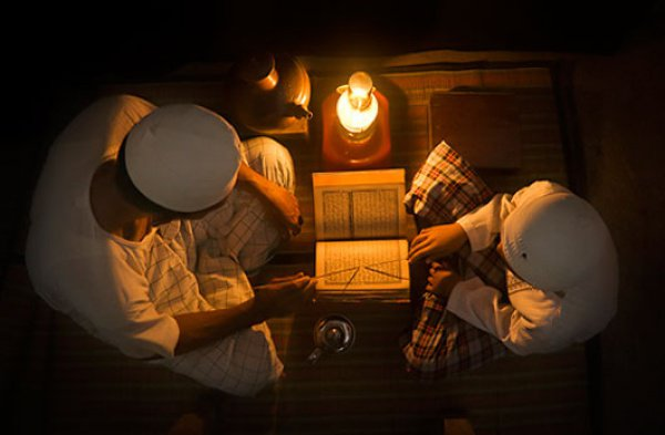 Разрешено ли брать плату за обучение Корану и фикху?