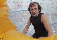 Иранец собирается перебежать Атлантический океан