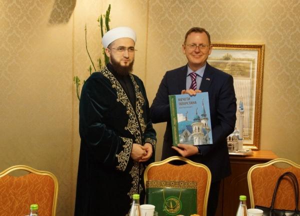 Муфтий РТ с премьер-министром Тюрингии.