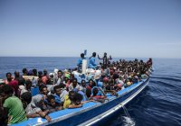 Африканские мигранты осваивают «средиземноморский маршрут» в Европу