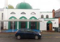 На мечеть в Великобритании напали вандалы