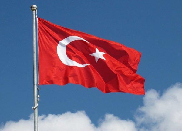 Турция может официально стать исламской республикой.