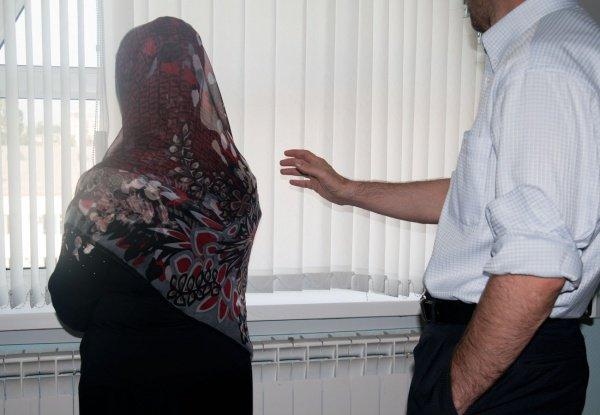 Если женщина не выполняет какое-либо из религиозных предписаний, то муж обязан увещевать ее