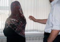 Если женщина не желает носить хиджаб, будет ли ее муж нести ответственность за это?
