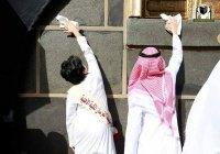 Вот так проходят школьные субботники в Саудовской Аравии