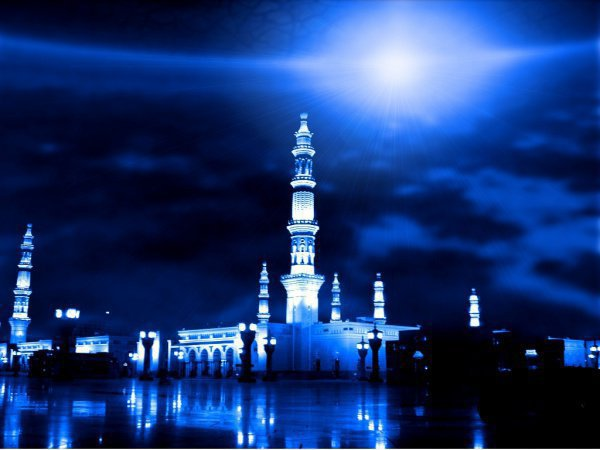 Исра – это путешествие Посланника Аллаха (да благословит его Аллах и приветствует) из запретной мечети в Мекке в мечеть аль-Акса