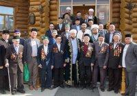 Муфтий РТ встретился с ветеранами ВОВ и тружениками тыла