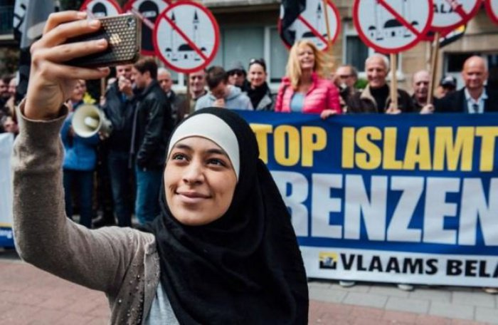 Эпичное селфи мусульманки стало хитом