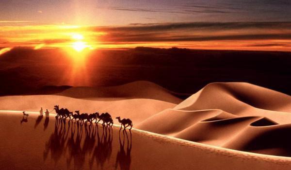 Хиджра – это переселение Пророка Мухаммада из Мекки в Медину в 622 году.