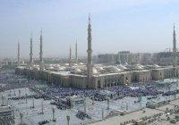 В мечети Пророка в Медине идут последние приготовления к Рамадану