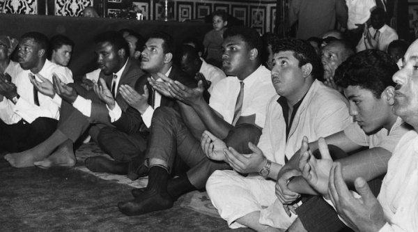 Как Кассиус Клей стал Мухаммедом Али: что заставило