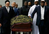Церемония прощания с Мохаммедом Али проходит по мусульманским обычаям (Фото, видео)