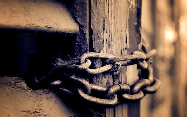 Что значит хадис о заковывании шайтанов в цепи в месяц Рамадан?