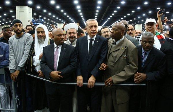 Эрдоган на похоронной церемонии.