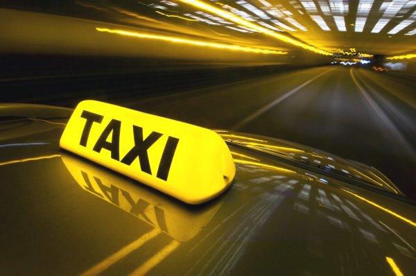 Бесплатное такси для верующих в Казахстане.