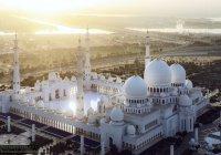 Одну из крупнейших мечетей мира с начала Рамадана посетили почти 350 тысяч человек